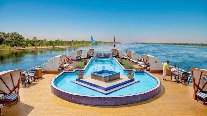 Sonesta St George Cruise - Pool Area